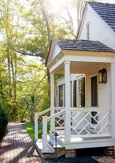 Chippendale porch railing