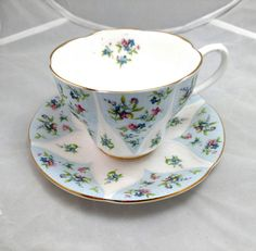 Check out this item in my Etsy shop https://www.etsy.com/listing/248807909/royal-albert-debutante-series-gaiety-tea