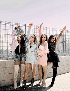 Little Mix: 'Glory Days' 2016 album photoshoot Little Mix Outfits, Little Mix Girls, Little Mix Style, Cute Outfits, Jesy Nelson, Perrie Edwards, Dvb Dresden, Meninas Do Little Mix, Little Mix Photoshoot