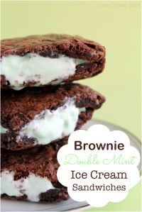 Brownie Double Mint Ice Cream Sandwiches on MyRecipeMagic.com. These are the best of so many delicious desserts all in one yummy treat!