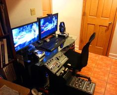 It's Setup Saturday/Sunday!    Is Nicolas H serious about flying jets in Battlefield 3?    Yes. Yes he is.