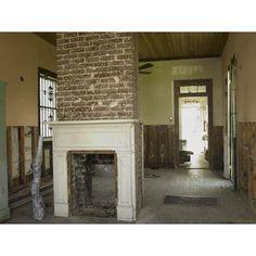 open plan living room in shotgun house Cabin Fireplace, Fireplace Seating, Fireplace Garden, Shiplap Fireplace, Freestanding Fireplace, Fireplace Remodel, Fireplace Candles, Country Fireplace, Fireplace Bookshelves