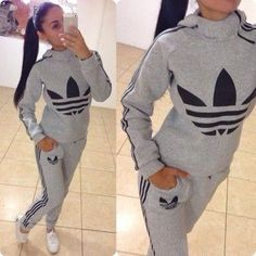 Pink velcro Adidas* how to style Adidas - My Style Vita My Style Vita Style Outfits, Sport Outfits, Winter Outfits, Casual Outfits, Cute Outfits, Fashion Outfits, Adidas Shoes Outfit, Adidas Pants, Adidas Tracksuit