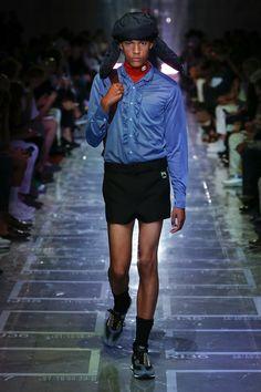 Prada Spring 2019 Menswear Milan Collection - Vogue