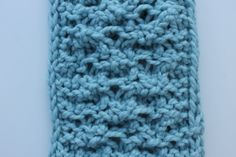 Bored of the same-old stockinette? Try the elongated knitting stitch, which lengthen and stretches your stitch. Learn how to knit it (plus ways to use it) right here!