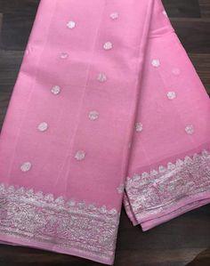 Shiffon Saree, Cotton Nighties, Peach Saree, Simple Sarees, Saree Models, Silk Sarees Online, Banarasi Sarees, Beautiful Saree, Chiffon