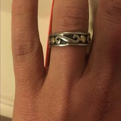 James Avery ring 14k gold & sterling silver Size 7 James Avery two toned ring 14k gold and sterling silver James Avery Jewelry Rings