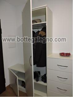 Mobile ingresso, con armadio e appendiabiti, cassettiera e portascarpe