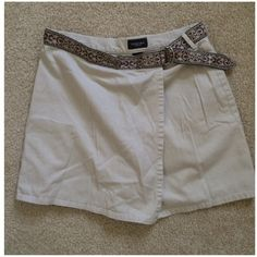 "Sonoma Skort w/ Embroidered Belt Khaki Skort with zipper and button closure. Embroidered belt is sewn in. Waist 32"", Length 16"".  100% Cotton. Sonoma Shorts Skorts"