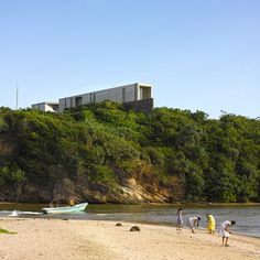 A concrete house on the edge of a cliff in southern Sri Lanka by Tadao Ando