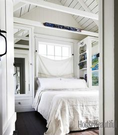 Get The Look: Elegant Coastal Style  via House Beautiful