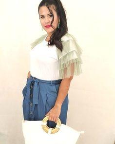 Η ηθοποιός Παναγιώτα Χαϊδεμένου φοράει ρούχα από την Denim Συλλογή της Sushi's Closet και φωτογραφίζεται!!! @panagiwta_xaidemenou #sushiscloset #sushis_closet #denim💕 #summer20 #greekclothes👗👠👛 #greekfashion👛👠👗 #μενουμεελλαδααγοραζουμεελληνικα Tulle, Ruffle Blouse, Skirts, Closet, Tops, Women, Fashion, Moda, Armoire