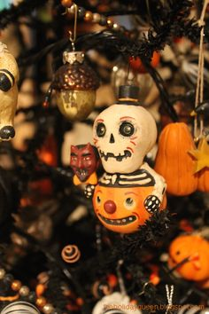 halloween tree ornament collection halloween treasures pinterest halloween trees ornament and halloween ideas - Halloween Tree Ornaments