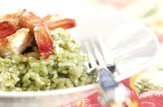 Risoto de forno com pesto e camarão | DigaMaria