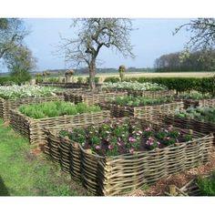 Raised Vegetable Garden Beds Can Be A Great Gardening Option – Handy Garden Wizard Potager Garden, Veg Garden, Vegetable Garden Design, Garden Edging, Lawn And Garden, Garden Boxes, Farm Gardens, Outdoor Gardens, The Secret Garden