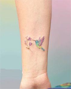 Hummingbird Tattoo Watercolor, Watercolor Wrist Tattoo, Small Hummingbird Tattoo, Bird Tattoo Wrist, Classy Tattoos, Girly Tattoos, Mom Tattoos, Body Art Tattoos, Hand Tattoos