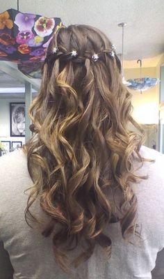 Cute Hairstyles For Dance 8748 Cute Hair Styles For G Makeup - graduation hairstyles medium make up graduation hairstyles Formal Hairstyles For Short Hair, Graduation Hairstyles, Homecoming Hairstyles, Hairstyles For School, Office Hairstyles, Hairstyle Short, Hair Updo, Curly Hair, Bridesmaid Hairstyles