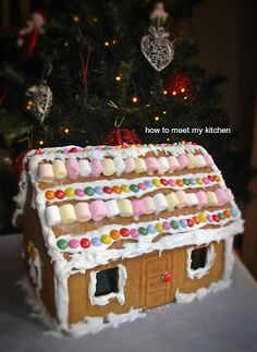 How To Meet My Kitchen: Gingerbread house Gingerbread, Meet, Kitchen, Desserts, House, Food, Cucina, Tailgate Desserts, Cooking