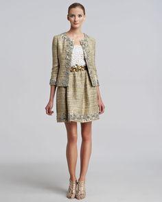 http://ncrni.com/oscar-de-la-renta-metallic-tweed-embellished-suit-camilia-guipure-lace-tank-p-3691.html