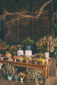 Perfect Wedding, Diy Wedding, Wedding Flowers, Flower Arrangements Simple, Floral Centerpieces, Reception Decorations, Event Decor, Rustic Outdoor Decor, Ganapati Decoration