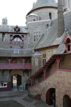 Castell Coch, Tongwynlais, South Wales, UK almost looks like something out of a Harry Potter movie (- by onesmudge)
