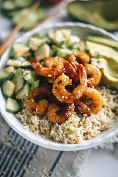 Teriyaki Shrimp Sushi Bowl | A delicious sushi bowl made with quinoa and topped with avocado, teriyaki shrimp and spicy mayo | thealmondeater.com