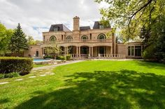 Winnipeg MB – 1063 Wellington CR - world class Art Deco home is the Opportunity of a lifetime! Expensive Houses, Most Expensive, Canada Real Estate, Art Deco Home, International Real Estate, Luxury Homes, Beautiful Homes, Building A House, Exterior