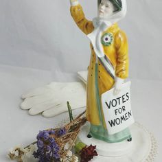 Let's stay strong and proud. Suffragettes, Stay Strong, Powerful Women, Vintage Home Decor, Vintage Shops, March, Photo And Video, Antiques, Instagram
