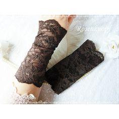 Elegante und feine Spitzenstulpen aus elastischer, dunkelbrauner Spitze♥