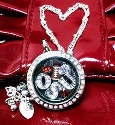 Ohio State Buckeyes football living locket - Origami Owl #theohiostate #necklace #football
