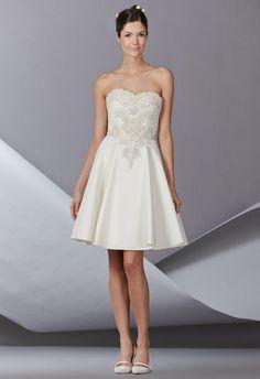 Carolina Herrera Fall 2014 Wedding Dresses   TheKnot.com
