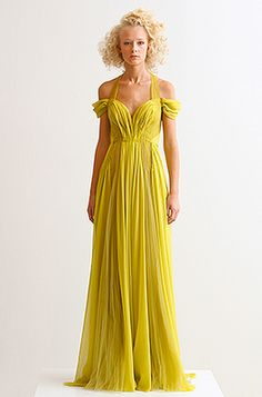 not the color... but that is the most f'ing gorgeous dress... I would totally wear that to an Oscars event.