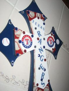 "Texas Rangers Cross! - Click image to find more Home Decor Pinterest pins {but with Cardinals instead :)}    ""LOVE LOVE LOVE!!!"""