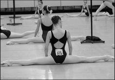 You should always point your feet when doing side splits like this. This girl has such beautiful feet!