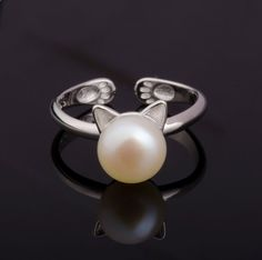 S925 Sterling Silver Cat Ring Fresh water Pearl Ring by SeaInSKy