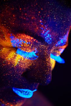 61 Best Ideas Photography Abstract body faces Source by Art Photography Portrait, Body Art Photography, Light Photography, Close Up Portraits, Creative Portraits, Uv Makeup, Neon Licht, Neon Aesthetic, Light Painting