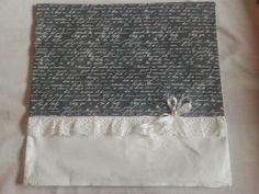 Polštářek šedo-bílý