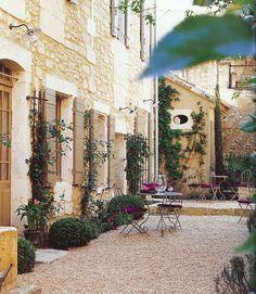 Provence - La Maison du Village