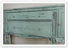 Annie Sloan Duck Egg Blue.  Just ordered this color.  Can't wait to start my trash found headboard.