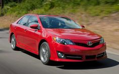 Since being introduced in 1983, Toyota continues to improve the sedan Camry's quality to be even better from years to years. Now, the seventh-generation has come, the 2013 Toyota Camry, it is believed will be able to maintain its predecessor reputation on its class. The Japanese car will be a big threat for other competitors, such as Honda Accord, Ford Fusion and Nissan Altima. Moreover, the car is considered to be more lighter and fuel efficient than the last one.