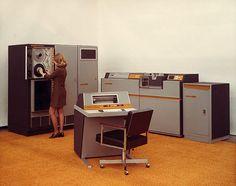 Unknown computer/terminal/storage system c. 1971