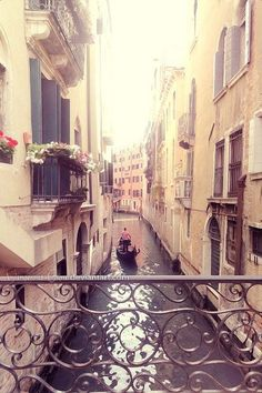 Venice River in Italy. Im dreamin' that Im on the boat and listenin' the music :)