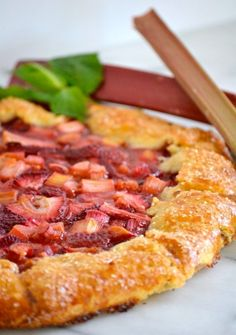 This Strawberry Rhubarb Galetteis a flour and cornmeal crust filled with a strawberry-rhubarb filling. It's easy to make and is a perfect summer dessert.
