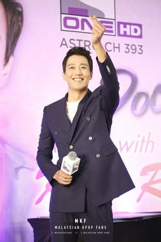 Malaysian Hearts Beat for 'A Date with Kim Rae Won' in a special fan meeting at Pavilion KL Kim Rae Won, Hearts, Dating, In This Moment, Kpop, Style, Fashion, Swag, Moda
