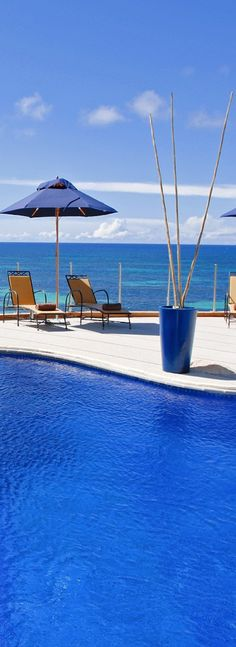 ☼ Life by the sea blue. Coco de Mer Hotel...Seychelles
