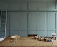 A whole wall of bespoke deVOL Shaker cupboards