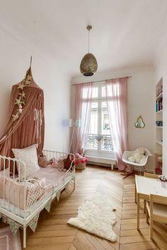 Kid Styles 432767845426503621 - Avant-après appartement Paris 16 : design et c. Baby Bedroom, Girls Bedroom, Bedroom Decor, Ikea Girls Room, Childs Bedroom, Boy Rooms, Small Bedrooms, Bedroom Ideas, Room Color Schemes