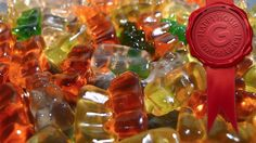 Get Drunk Off Gummi Bears! Step Empty a bag of gummi bears into a container. Step Pour in enough vodka so that the gummis are completely covered—and then some. Step Cover the container, put it in the fridge, and leave it for days Drunk Gummy Bears, Alcohol Gummy Bears, Gummi Bears, Party Drinks, Fun Drinks, Yummy Drinks, Alcoholic Drinks, Cocktails, Beverages