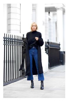 CROPPED FLARE & AN OVERSIZED COAT : Victoria Törnegren waysify