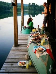 . Why have I never thought of turning my boat into a buffet table at the beach before ? Novel summer entertaining in an ideal world.